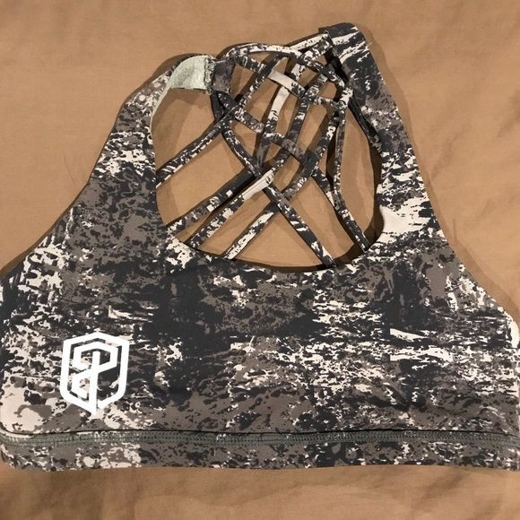 713b7a15 Intimates & Sleepwear | Euc Born Primitive Crossfit Desert Camo Bra ...